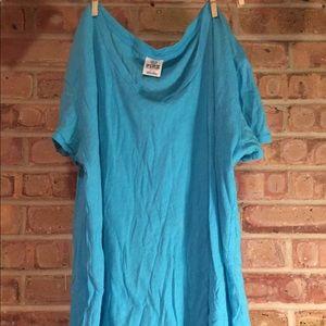 Soft blue basic tshirt